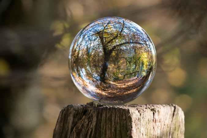 ball ball shaped blur color